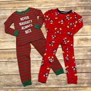 gap pajamas 2 pair christmas pajamas carters gap size 4t